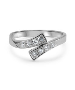 white-gold-toe-ring-cz